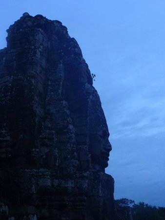 Bayon (Angkor) : The blue hour