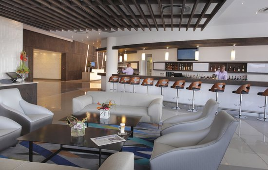 The Capital Empire: Bar Lounge Area