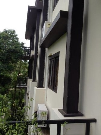 Kirikayan Luxury Pool Villas & Spa : Airconditioner units