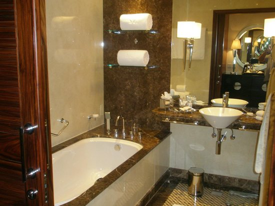 Grosvenor House Dubai: bagno