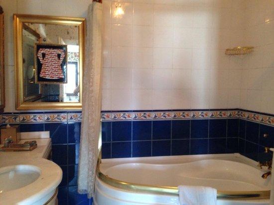 Symbola Bosphorus: Cute bathroom
