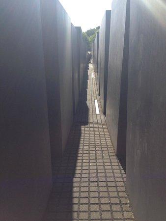 Holocaust-Mahnmal (Denkmal für die ermordeten Juden Europas): In