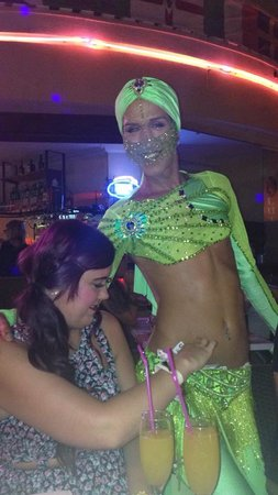 Club Evin Marmaris: Turkish Dancer :)