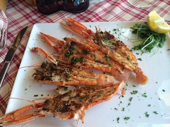 Sapore di Sale: омары на гриле