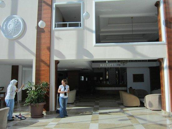 M.C. Park Beach Resort: 11