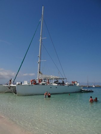 Grupotel Santa Eularia Hotel: Catamaran Day Trip