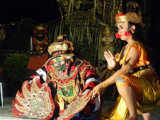 Bali Tropic Resort and Spa: Ramayana performance