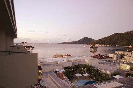 Ramada Resort Shoal Bay: The side room view