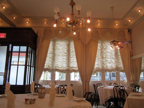 Antoine's : beautful interior