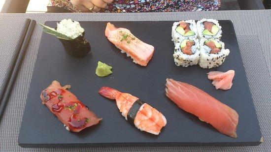 Zen: Plateau Maki, Sushis, Roll californien, sashimi etc