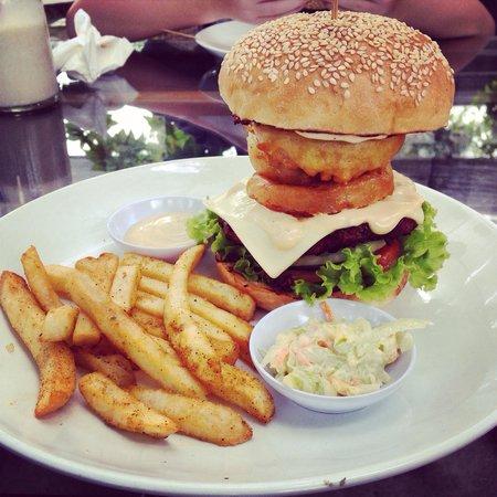 Wacko Burger Cafe: A Wacko sensation...