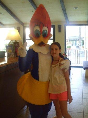 PortAventura Hotel PortAventura: Con la novia de Woody en la recepción del hotel