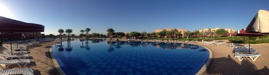Marrakech Ryads Parc & Spa by Blue Sea: Early morning stroll by the pool before ascending the steps to the Restaurant.