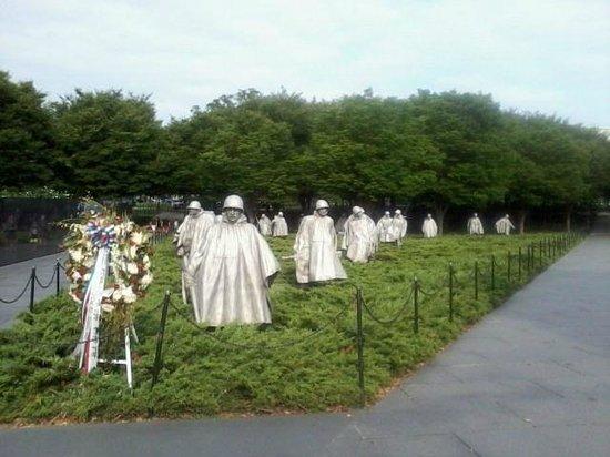 Korean War Veterans Memorial : Soldier display