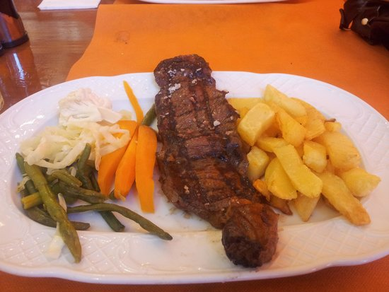 Steak House El Rincon: €15 set menu...9oz sirloin steak...yummy