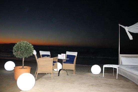 Amirandes, Grecotel Exclusive Resort : Зона отдыха в приватной беседке на ужине