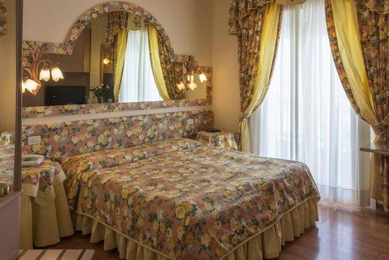 Cavalieri Palace: Camera