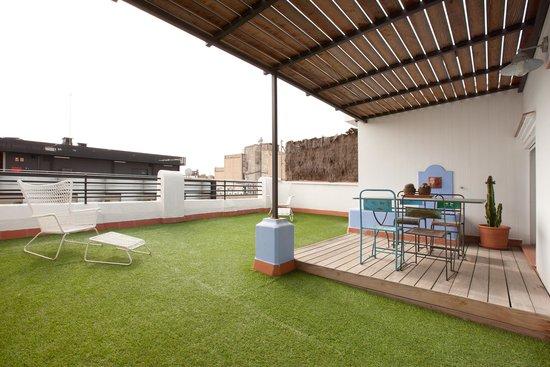Barcelona Nextdoor Apartments: Miró