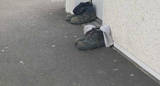 Premiere Classe Caen Est - Mondeville: Trusting guests who left their boots outside