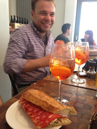 La Perla: Salami Baguette & Aperol Spritz