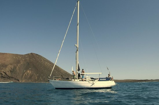 SurfBoat Fuerteventura - Day Tours: Our boat
