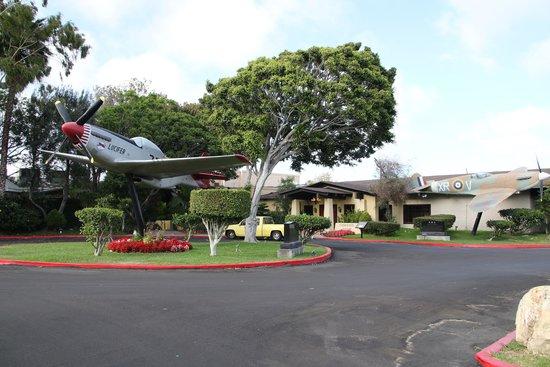 Proud Bird Restaurant: 入り口付近です