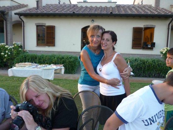 Le Rondini di Francesco di Assisi - Agriturismo: Foto con la Splendida signora Loredana