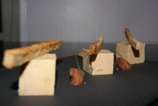 des Voyageurs Hotel-Restaurant: foie gras fait maison