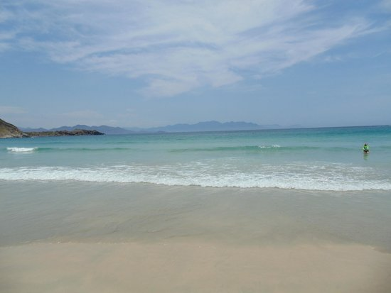 Vinpearl Nha Trang Resort : View from the beach to the mountains