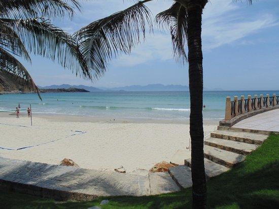 Vinpearl Nha Trang Resort : Beach