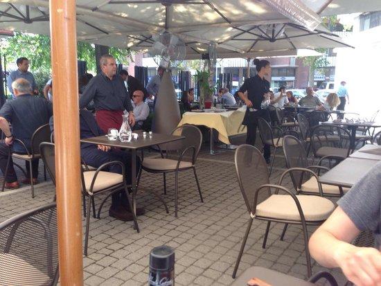 Piazzetta Portaportese: Outside seating.
