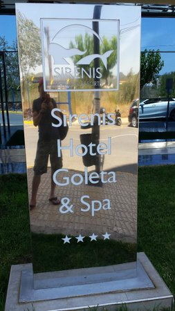 Sirenis Hotel Goleta & Spa : Eingangsschild