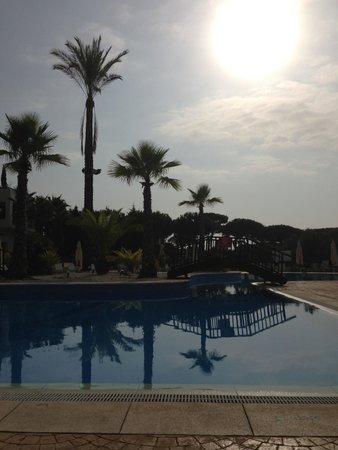 Precise Resort El Rompido - The Hotel : Vista de la piscina