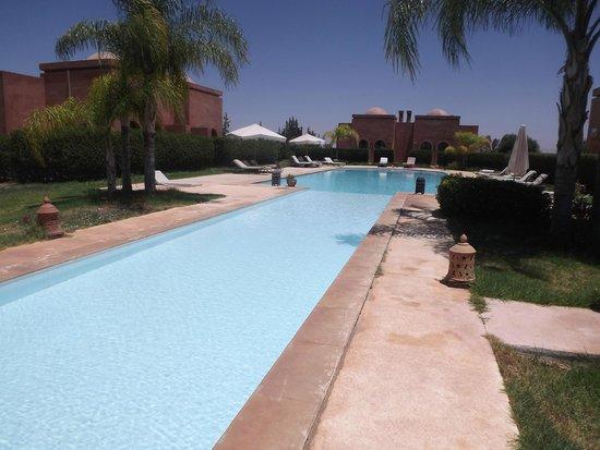 Le Domaine de L'Ourika: Pool view..