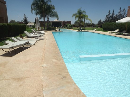 Le Domaine de L'Ourika: View of the pool