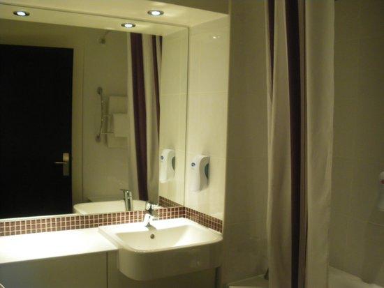 Premier Inn Canterbury City Centre Hotel : Bagno
