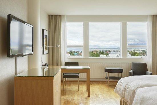 Hilton Reykjavik Nordica: Double room
