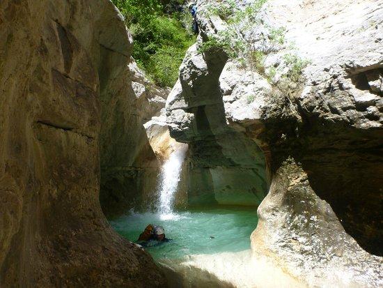 Entrevaux, Francja: canyon d'angouire dans le verdon
