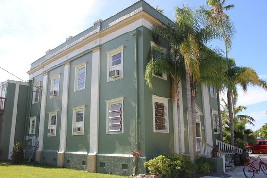 Museum of the Everglades: old bank