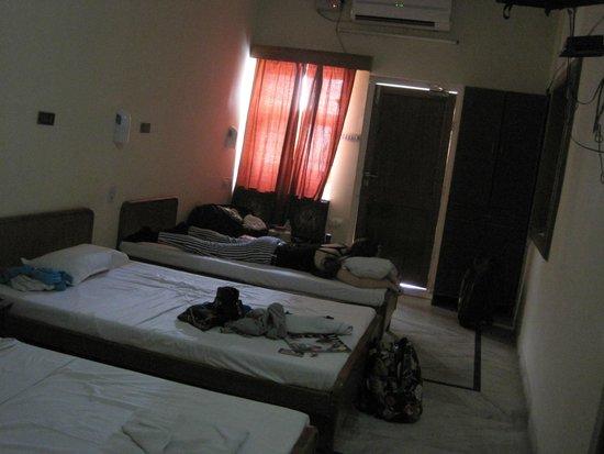 Chitra Katha: the room