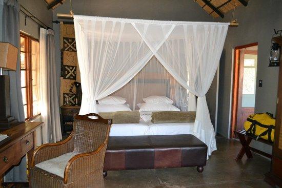 Motswari Private Game Reserve: Our room
