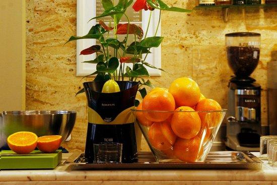 Hotel Arrahona: Breakfast