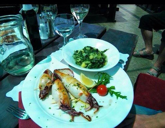 Restaurant Nada : Filled squid