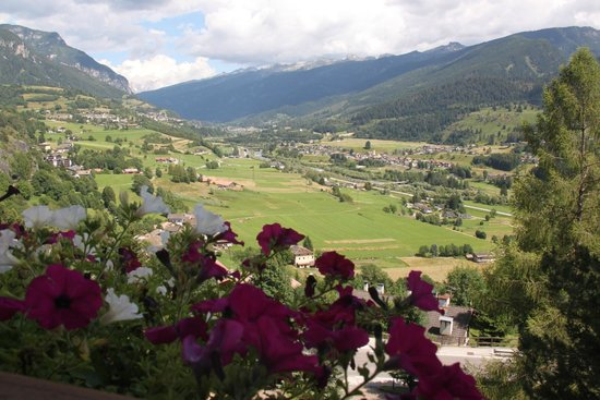 Pension Monika: Dal balcone sino alle Dolomiti