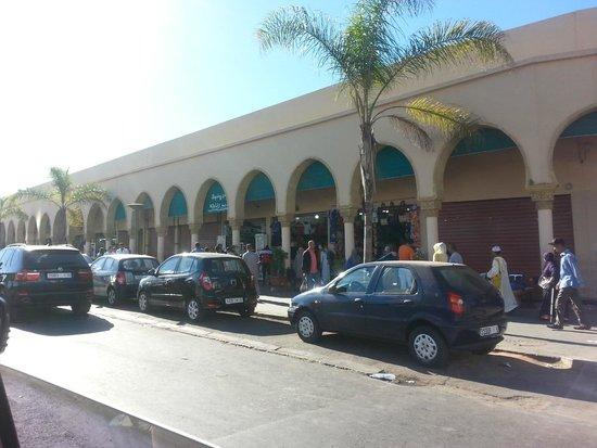 Ancienne Medina : Outside of the market