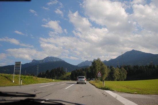 Ansitz Plantitscherhof: Oldtimerlansd Südtirol in Meran und Schenna