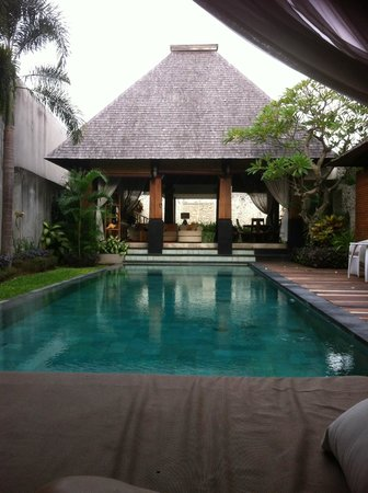 Arwana Estate: Private pool