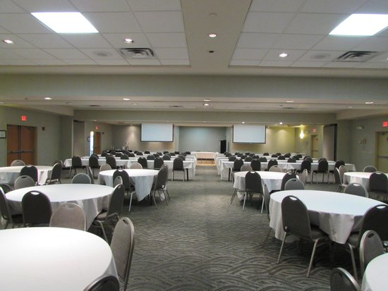 Best Western Plus York Hotel & Conference Center: Full banquet room