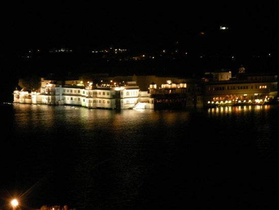 Hotel Udaigarh Udaipur: view from the roof