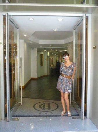 Hotel Caprice: Entrada del hotel